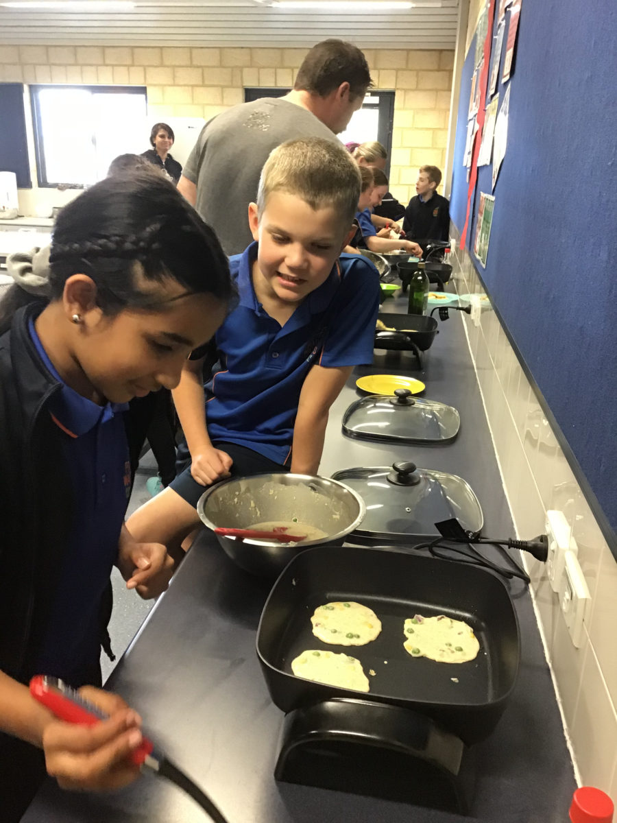 Students cooking FEAST fast fritters